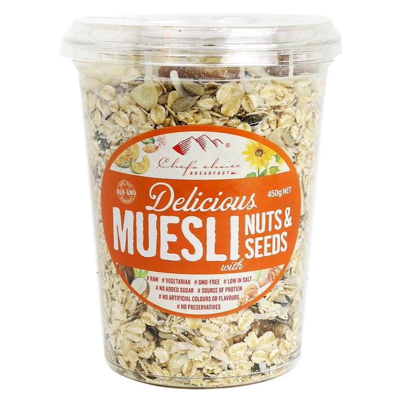 Ngũ cốc Muesli với các loại hạt khô